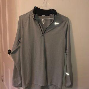 Nike Dri-Fit Quarter-zip